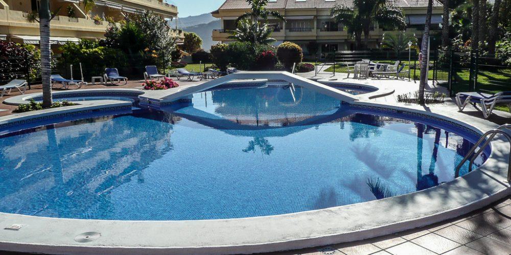 Swimming pool & Wellness